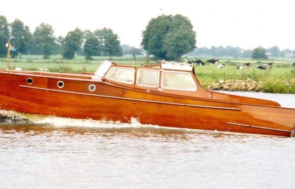 Boghammer MTB Classic boat.